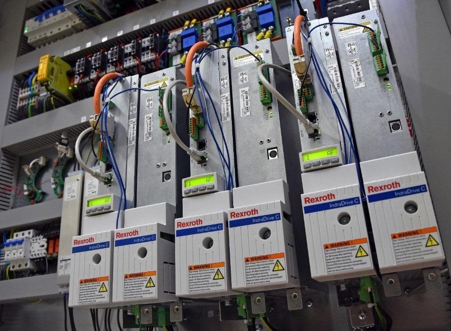 Naprava za testiranje centralnih pogonov za električna kolesa