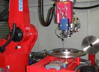 Analiza parametrov laserskega kaljenja na robotski celici